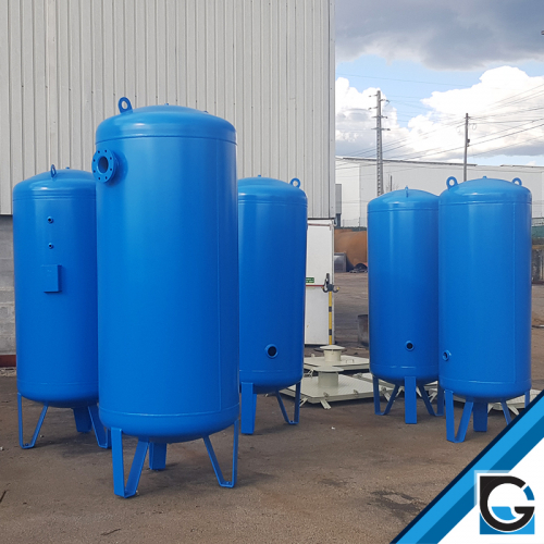Pressurized tanks for compressed air